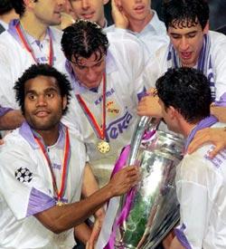 97-98赛季皇家马德里主场球衣