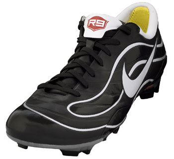 """""""刺客98""""—罗纳尔多的荣誉之靴"""