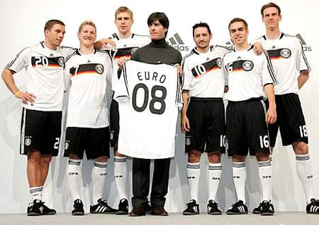 08德国国家队主场球衣图片