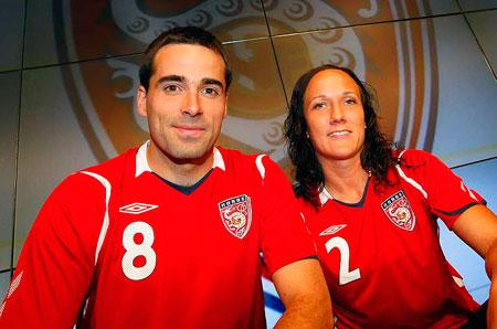 挪威08-09赛季主场球衣