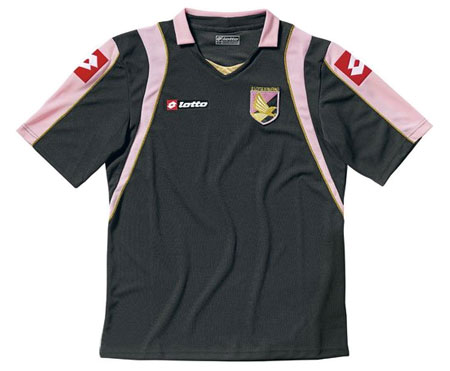 巴勒莫08-09赛季第二客场球衣