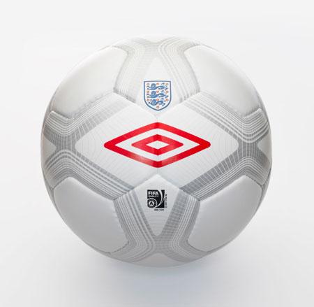 英格兰国家队09-11赛季比赛用球