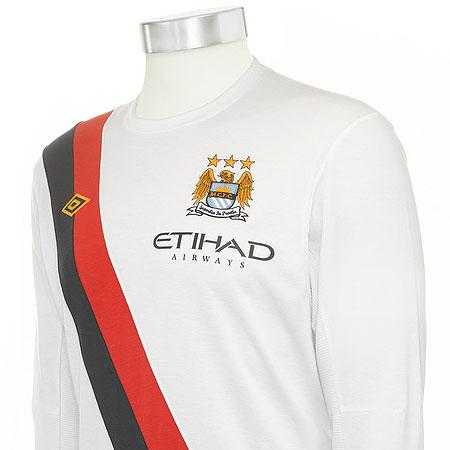 曼彻斯特城09-10赛季第二客场球衣