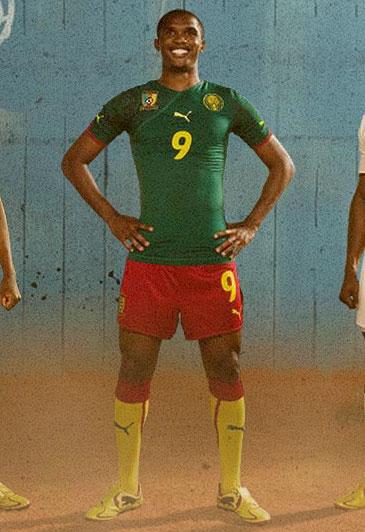 喀麦隆国家队10-12赛季主客场球衣 © kitstown.com 球衫堂