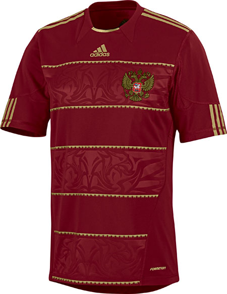 红色力量—俄罗斯国家队2010主场球衣故事 © kitstown.com 球衫堂
