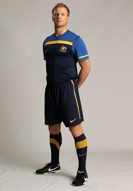 澳大利亚国家队2010世界杯新款客场球衣 © kitstown.com 球衫堂