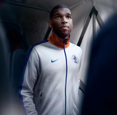 荷兰国家队2010世界杯新款客场球衣 © kitstown.com 球衫堂