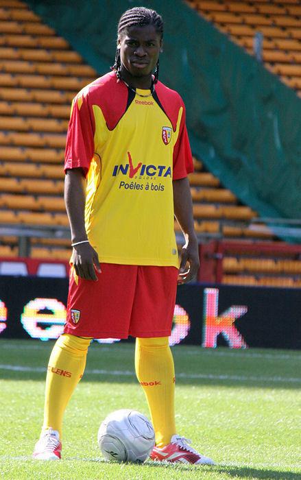 朗斯2010-11赛季主场球衣 © kitstown.com 球衫堂