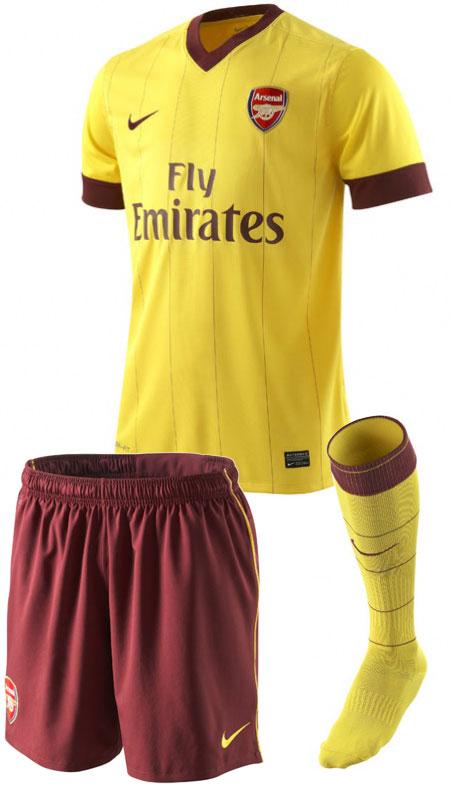 阿森纳2010-11赛季客场球衣