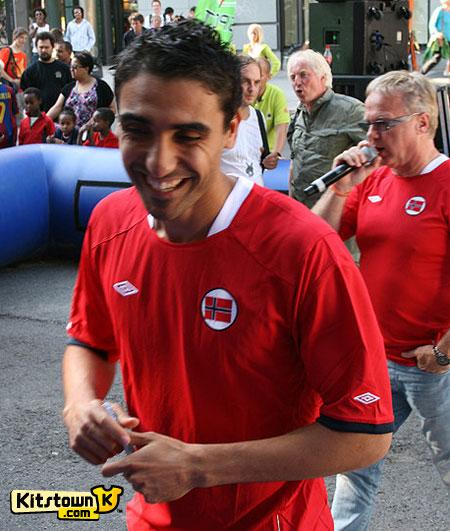 挪威国家队2010-11赛季主场球衣 © kitstown.com 球衫堂