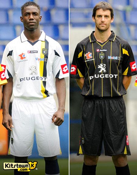 索肖2010-11赛季客场球衣 © kitstown.com 球衫堂