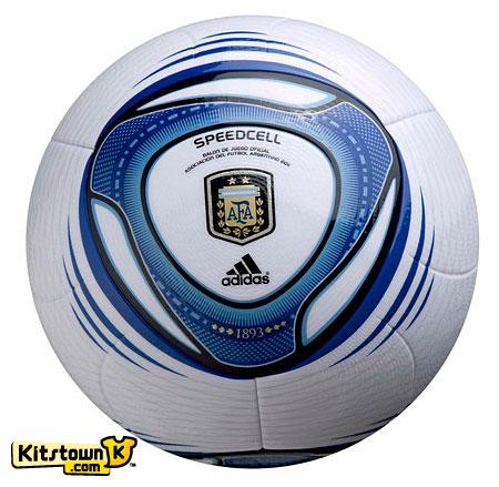 阿根廷联赛2011赛季官方比赛用球 © kitstown.com 球衫堂