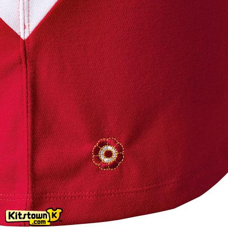 秘鲁国家队2011-12赛季主客场球衣 © kitstown.com 球衫堂