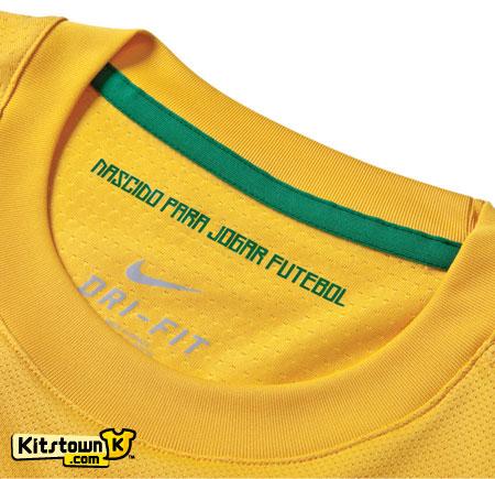 巴西国家队2011-13赛季主客场球衣发布 © kitstown.com 球衫堂