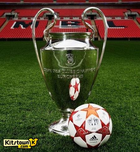 决战伦敦—2010-11赛季欧洲冠军联赛官方比赛用球 © kitstown.com 球衫堂