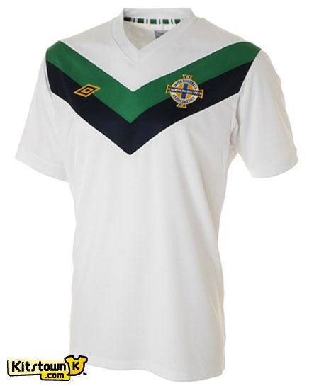 北爱尔兰国家队2011-13赛季客场球衣 © kitstown.com 球衫堂