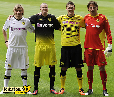 多特蒙德2011-12赛季客场球衣 © kitstown.com 球衫堂