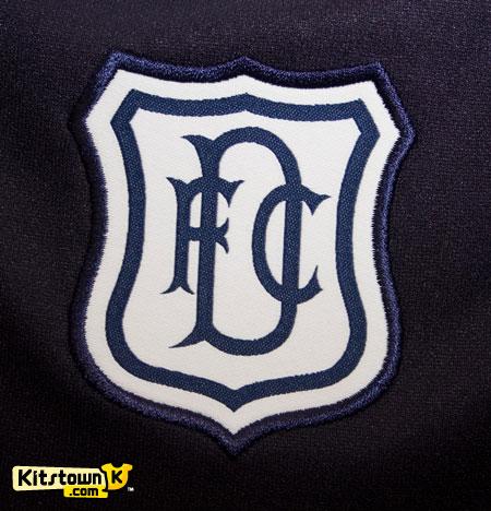 邓迪2011-12赛季主客场球衣 © kitstown.com 球衫堂