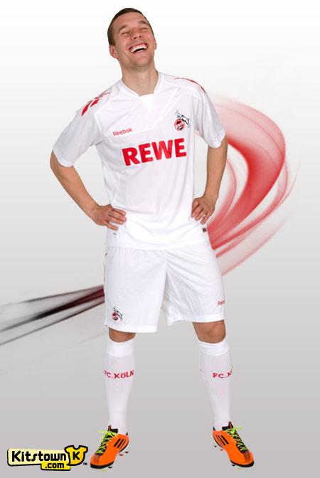科隆2011-12赛季主场球衣 © kitstown.com 球衫堂