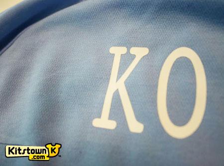 曼城2011足总杯决赛新球衣 © kitstown.com 球衫堂