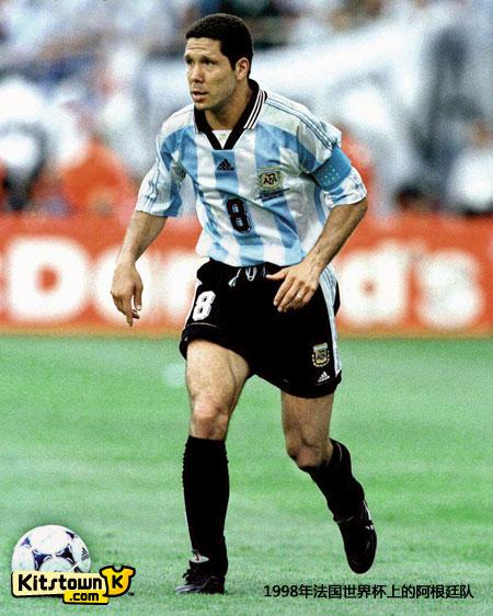 阿根廷足协与阿迪达斯续约至2022年 © kitstown.com 球衫堂