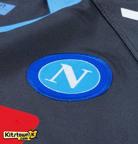 那不勒斯2011-12赛季客场球衣 © kitstown.com 球衫堂