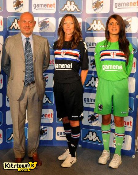桑普多利亚2011-12赛季主客场球衣 © kitstown.com 球衫堂