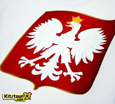 波兰国家队新球衣重新加入国徽 © kitstown.com 球衫堂