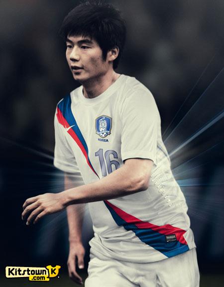 韩国国家队2012-13赛季客场球衣 © kitstown.com 球衫堂