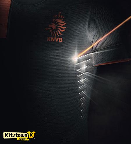 荷兰国家队2012-13赛季客场球衣 © kitstown.com 球衫堂