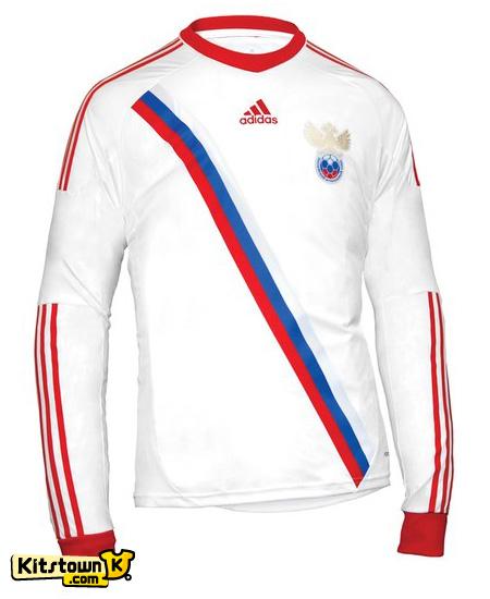 俄罗斯国家队2012-13赛季客场球衣 © kitstown.com 球衫堂