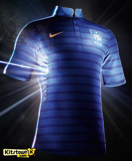 法国国家队2012-13赛季主场球衣 © kitstown.com 球衫堂