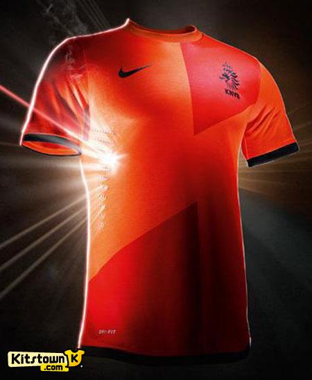 荷兰国家队2012-13赛季主场球衣 © kitstown.com 球衫堂