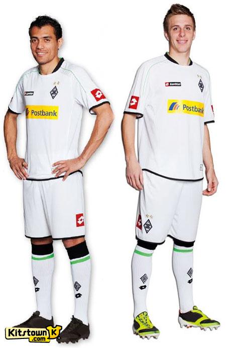 门兴格拉德巴赫2012-13赛季主场球衣 © kitstown.com 球衫堂