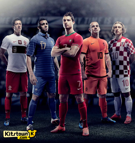 耐克发布2012欧洲杯国家队主场球衣 © kitstown.com 球衫堂