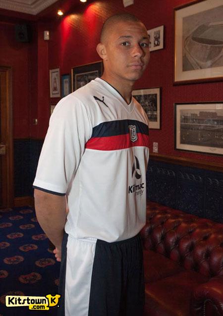 邓迪2012-13赛季主客场球衣 © kitstown.com 球衫堂