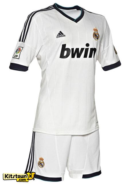 皇家马德里2012-13赛季主场球衣 © kitstown.com 球衫堂