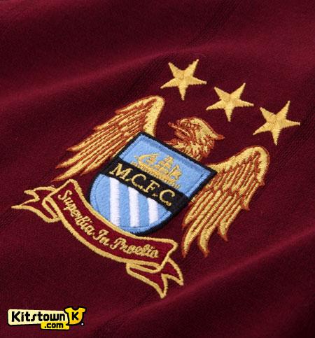 曼彻斯特城2012-13赛季客场球衣 © kitstown.com 球衫堂