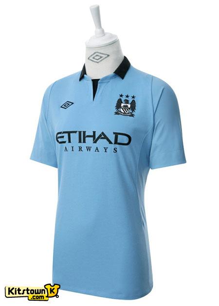 曼彻斯特城2012-13赛季主场球衣 © kitstown.com 球衫堂