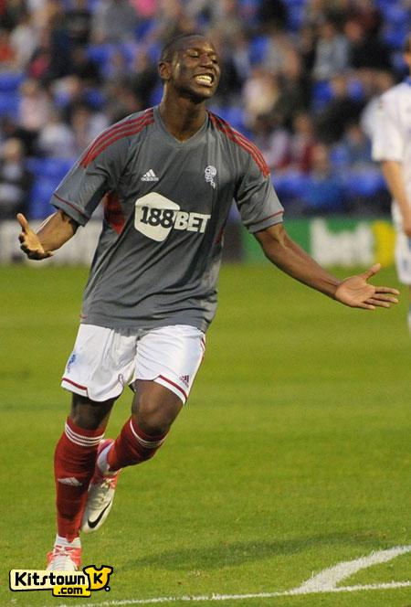 博尔顿2012-13赛季第二客场球衣 © kitstown.com 球衫堂