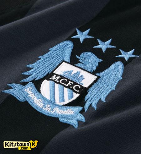曼彻斯特城2012-13赛季欧战客场球衣 © kitstown.com 球衫堂