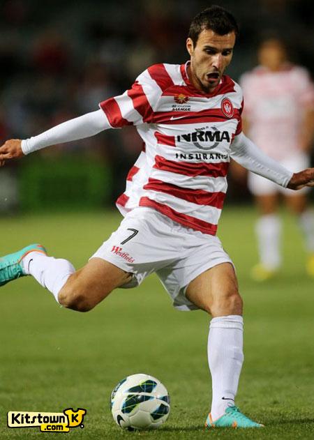 西悉尼流浪者2012-13赛季客场球衣 © kitstown.com 球衫堂