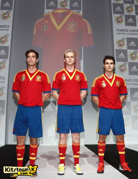 西班牙国家队2013联合会杯主场球衣 © kitstown.com 球衫堂