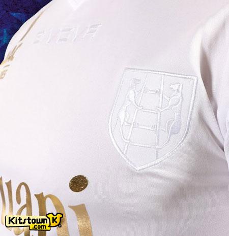 切沃2012圣诞节特别版球衣 © kitstown.com 球衫堂