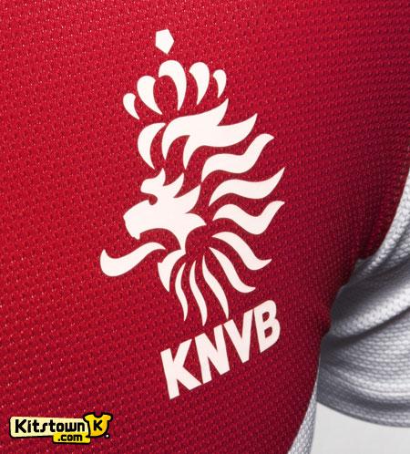 荷兰国家队2013赛季客场球衣 © kitstown.com 球衫堂