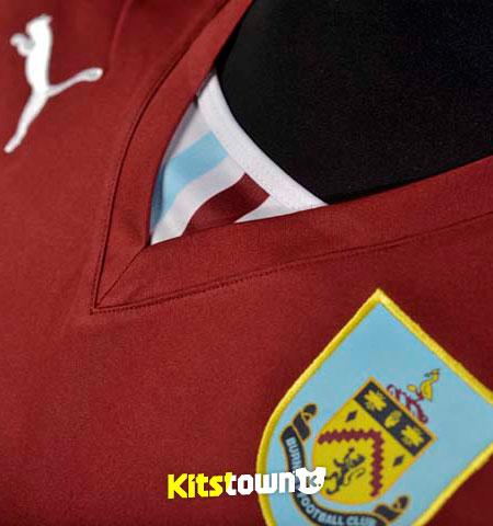 伯恩利2013-14赛季主场球衣 © kitstown.com 球衫堂