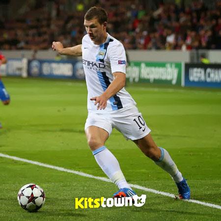 曼彻斯特城2013-14赛季杯赛客场球衣 © kitstown.com 球衫堂