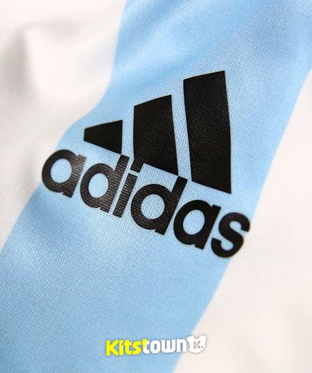 阿根廷国家队2014世界杯主场球衣 © kitstown.com 球衫堂
