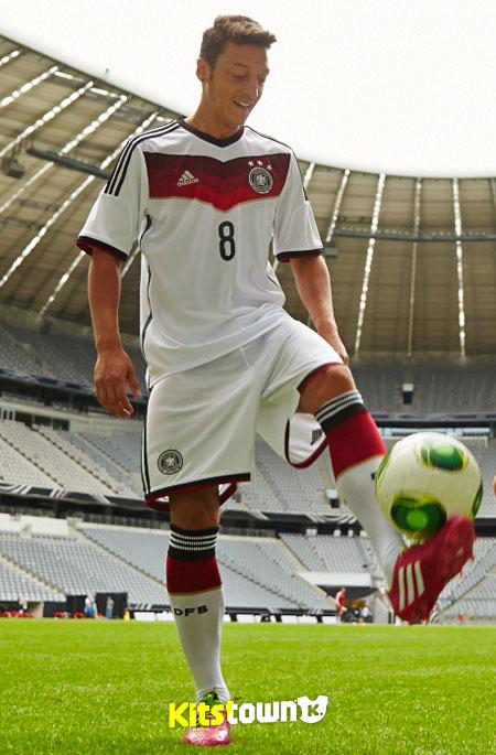 德国国家队2014世界杯主场球衣 © kitstown.com 球衫堂