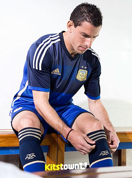 阿根廷国家队2014世界杯客场球衣